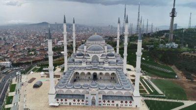 Alem-i İslam için hayırlı olsun
