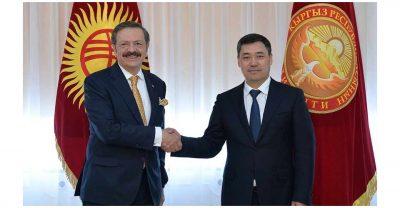 Caparov türkleri yatırıma çağırdı